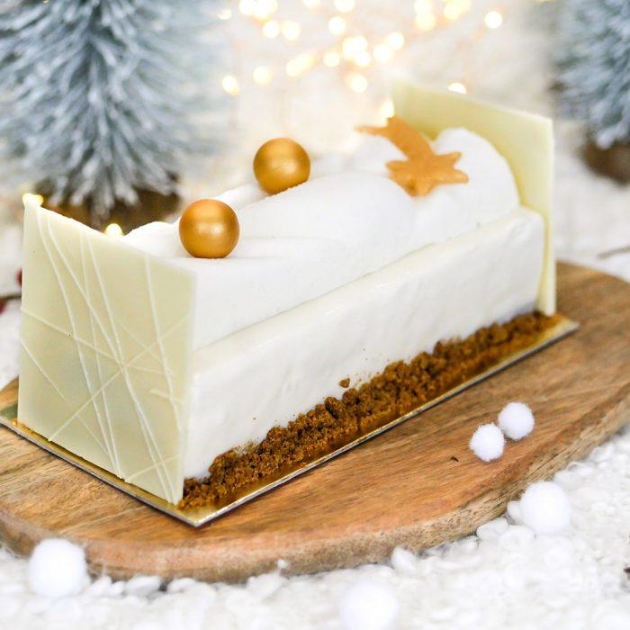 Bûche de Noël, dessert léger pour les fêtes de fin d'année. Conception à la boulangerie pâtisserie Maison Fortin à Pessac ou Cestas